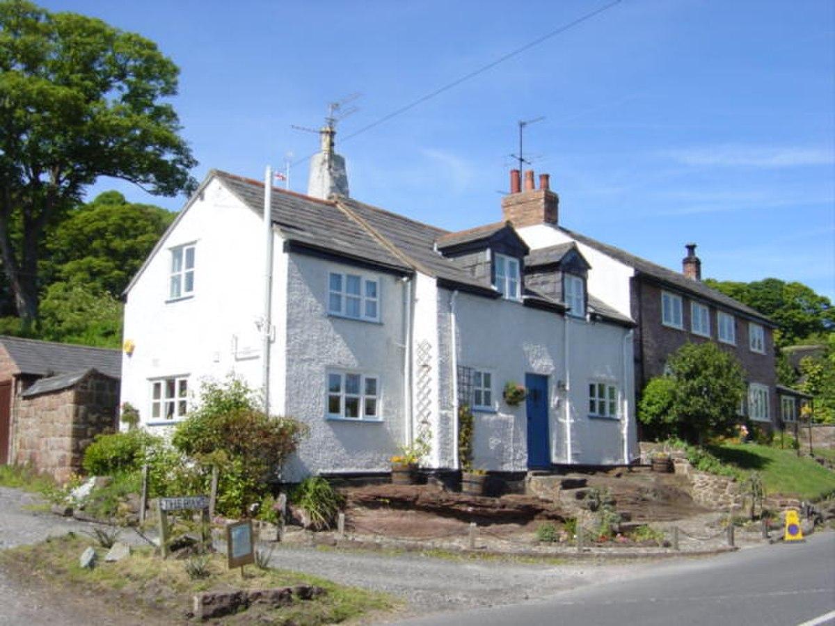 Plessington Cottage, Burton - geograph.org.uk - 180516.jpg