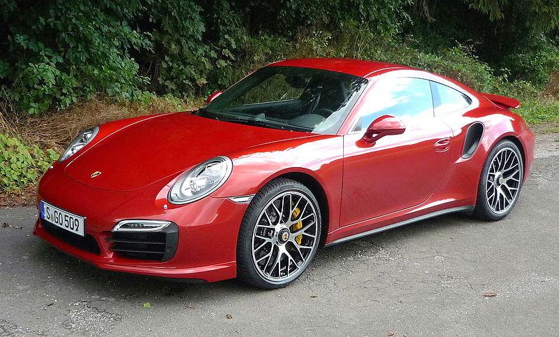 800px-Porsche_Turbo_S_2013.JPG