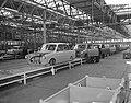 Produktie van de DAF personenauto te Eindhoven, de carroserieen op de 120m lange, Bestanddeelnr 910-1760.jpg