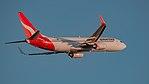 Qantas B737-800 VH-VZD (34631430512).jpg