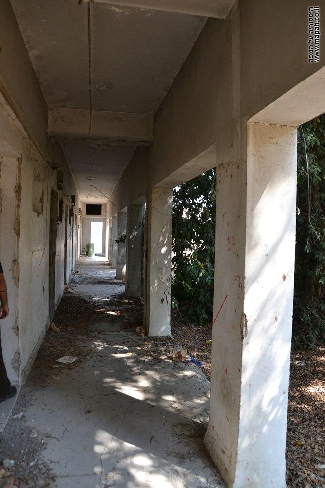Qatra police station near gedera israel efi elian first floor