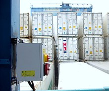 Refrigerated container - Wikipedia