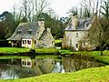 Relecq 9 Manoir de Lossulien L'étang et les moulins.JPG