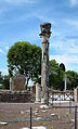 Remains of a Corinthian column in Villa Adriana (Tivoli).JPG