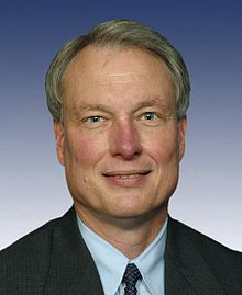 Richard Baker, 109th Congress photo portrait.jpg