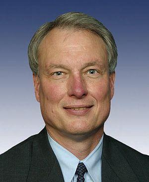 Richard Baker (U.S. politician) - Image: Richard Baker, 109th Congress photo portrait