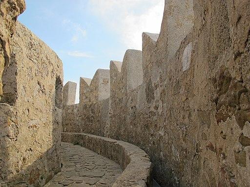 Rocca di Populonia, ronda