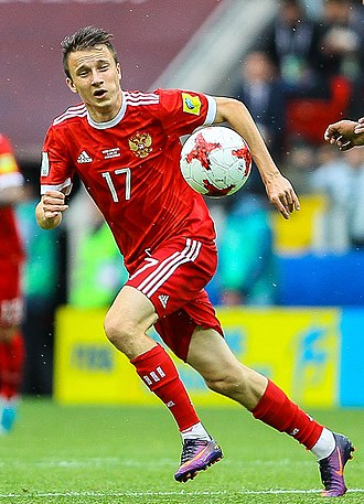 Aleksandr Golovin (footballer) - Golovin playing for Russia at the 2017 FIFA Confederations Cup