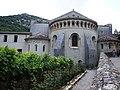 Saint-Guilhem-le-Désert abbaye de Gellone extérieur 1.JPG