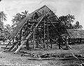 Samoan house under construction 1914.jpg