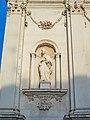 San Barnaba statua facciata sinistra Brescia.jpg