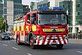 Scania-Browns 09D16209, DFB - Flickr - D464-Darren Hall.jpg