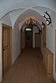 Schloss Aschach, Gang im ersten Stock.jpg