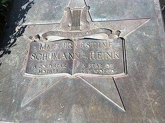 Ernestine Schumann-Heink - Memorial plaque, Balboa Park, San-Diego
