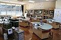 Science class in Japanese elementary school.jpg
