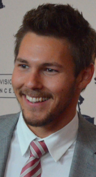 40th Daytime Emmy Awards - Scott Clifton, Outstanding Supporting Actor winner