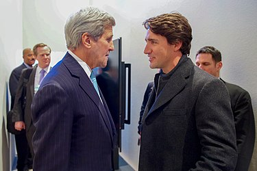 Secretary Kerry Chats With Canadian Prime Minister Trudeau on Sidelines of World Economic Forum in Switzerland (24413582632).jpg