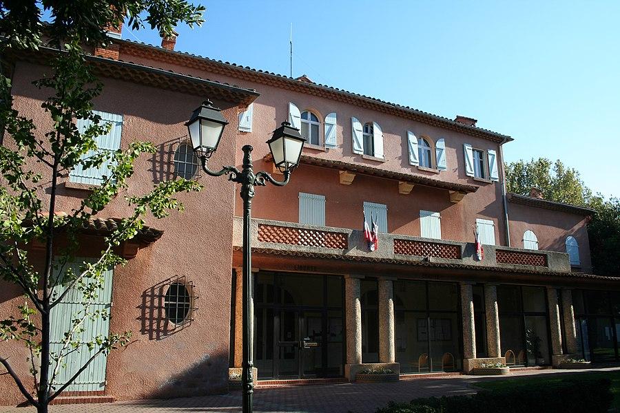 Sérignan (Hérault) - mairie, ancienne campagne Viennet.