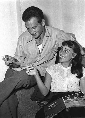 Shaike Ophir - Shaike Ophir and his first wife, Ohela Halevi, 1954
