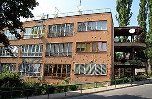 Džidžikovac - Image: Shot up building in Sarajevo, Bosnia (3801776873)