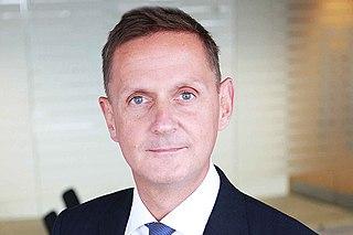 Jonathan Jones (civil servant)