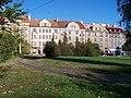 Smyčka Dlabačov, domy v Bělohorské (01).jpg