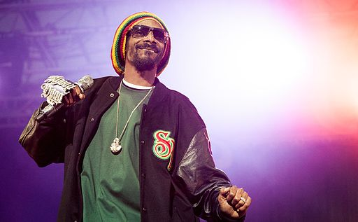 Snoop Dogg performing at Hovefestivalen 2012