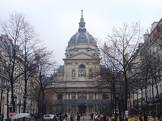 Jacques Lemercier - The chapel at the Sorbonne, 1635: prototype for Mansart's at Les Invalides.