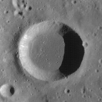 Sosigenes (crater) - LRO image