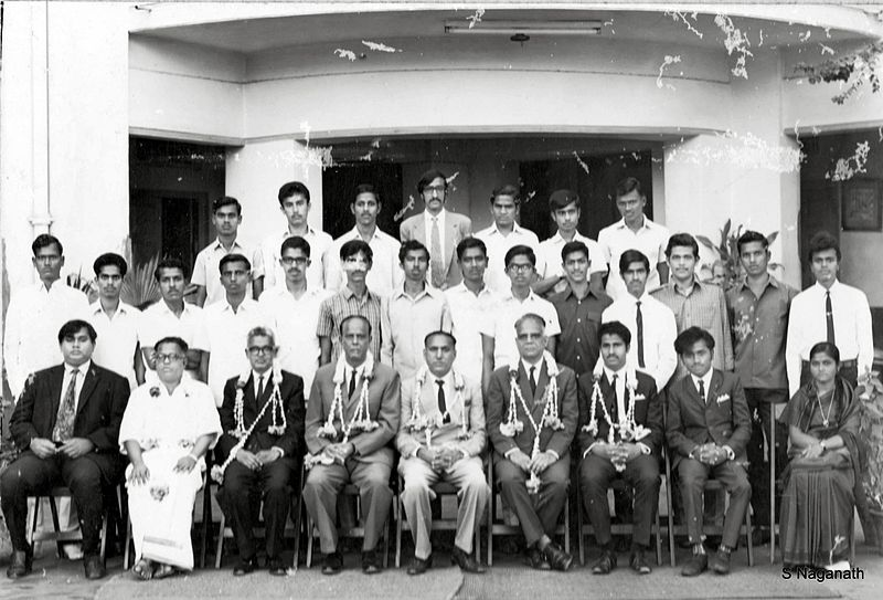 File:Srikanta Dutta Narasimharaja Wodeyar with Prof S. Naganath.jpg