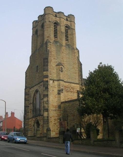 St Paul's Church - Queens Road, Halifax - geograph.org.uk - 698428