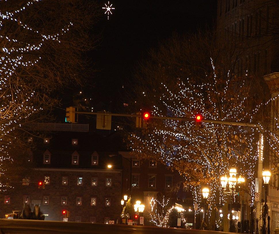 Star of Bethlehem Main Street 2382px