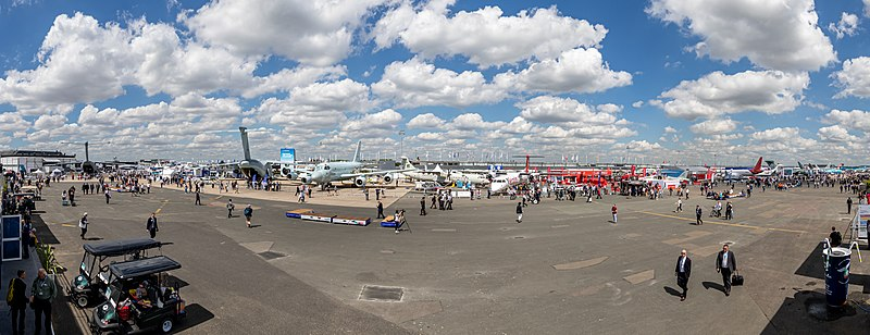 File:Static display,Paris Air Show 2019, Le Bourget (SIAE8871-Pano).jpg