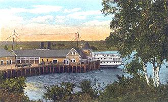 Belfast, Maine - Steamboat landing in 1920