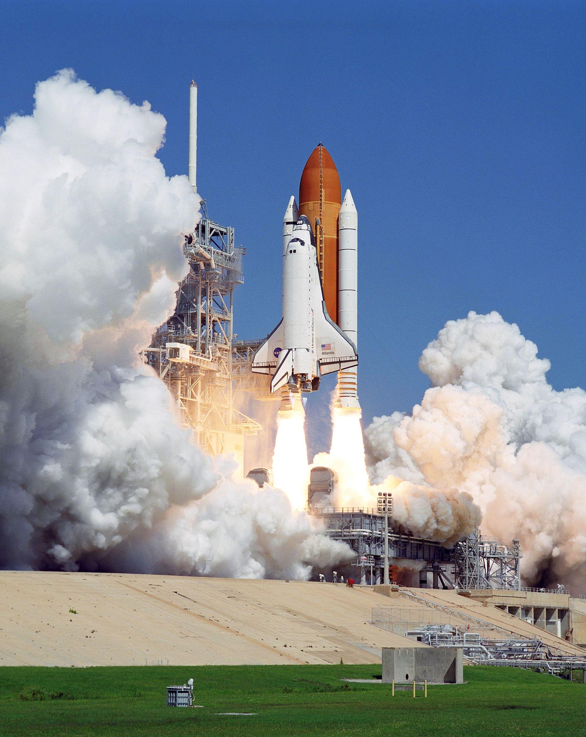 space shuttle start unfall -#main
