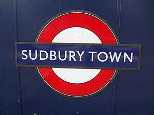 Sudbury Town tube station - Petit-serif variant of Johnston type