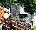 Suisse, canton de Vaud, Avenches, Tour de l'évêque avec amphithéâtre et Musée romain.jpg