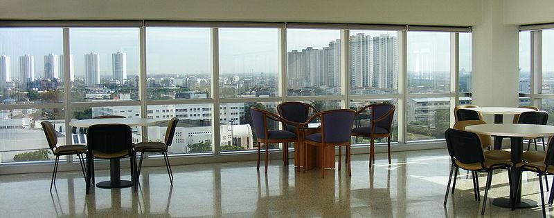 Image:Sukhothai Thammathirat Open University 07.jpg