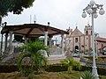 Tacotalpa Iglesia y parque.JPG