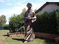 Tarcisiusstatue endgültiger Platz in Rom.jpg