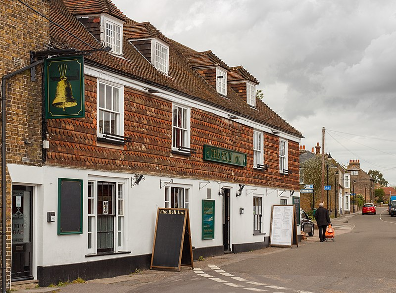 File:The Bell Inn, Minster-in-Thanet, Kent, England, 2015-05-07-5157.jpg