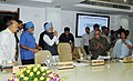 The Prime Minister, Dr. Manmohan Singh arrives to preside over the full Planning Commission meeting, in New Delhi on September 01, 2009.jpg