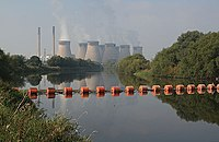 The boom for Knottingley weir. - geograph.org.uk - 579176.jpg
