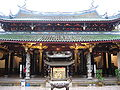 Thian Hock Keng Temple 16, Dec 05.JPG