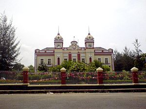 Thrissur Town Hall -  Thrissur Town Hall in 2007
