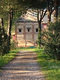 Tomb of Annia Regilla.jpg