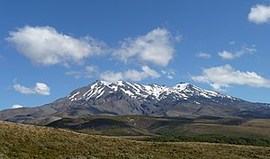 Mount Ruapehu - Mt Ruapehu from Tongariro Northern Circuit, 2015