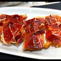 Tostada con tomate y jamon iberico.jpg