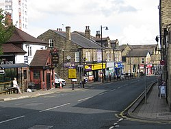 Town street middle, Farsley 1 September 2017.jpg