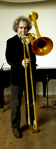 Trombone with two bells.png